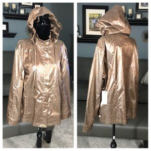 New Chico's Zenergy Rain Jacket